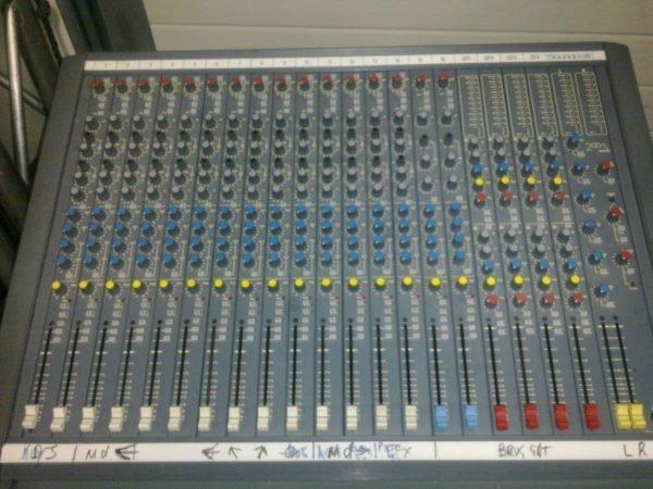 Soundcraft delta 12
